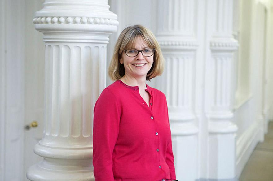 Kate Mills