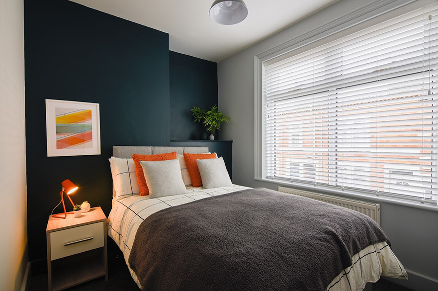 Purseglove accommodation bedroom - Mansfield