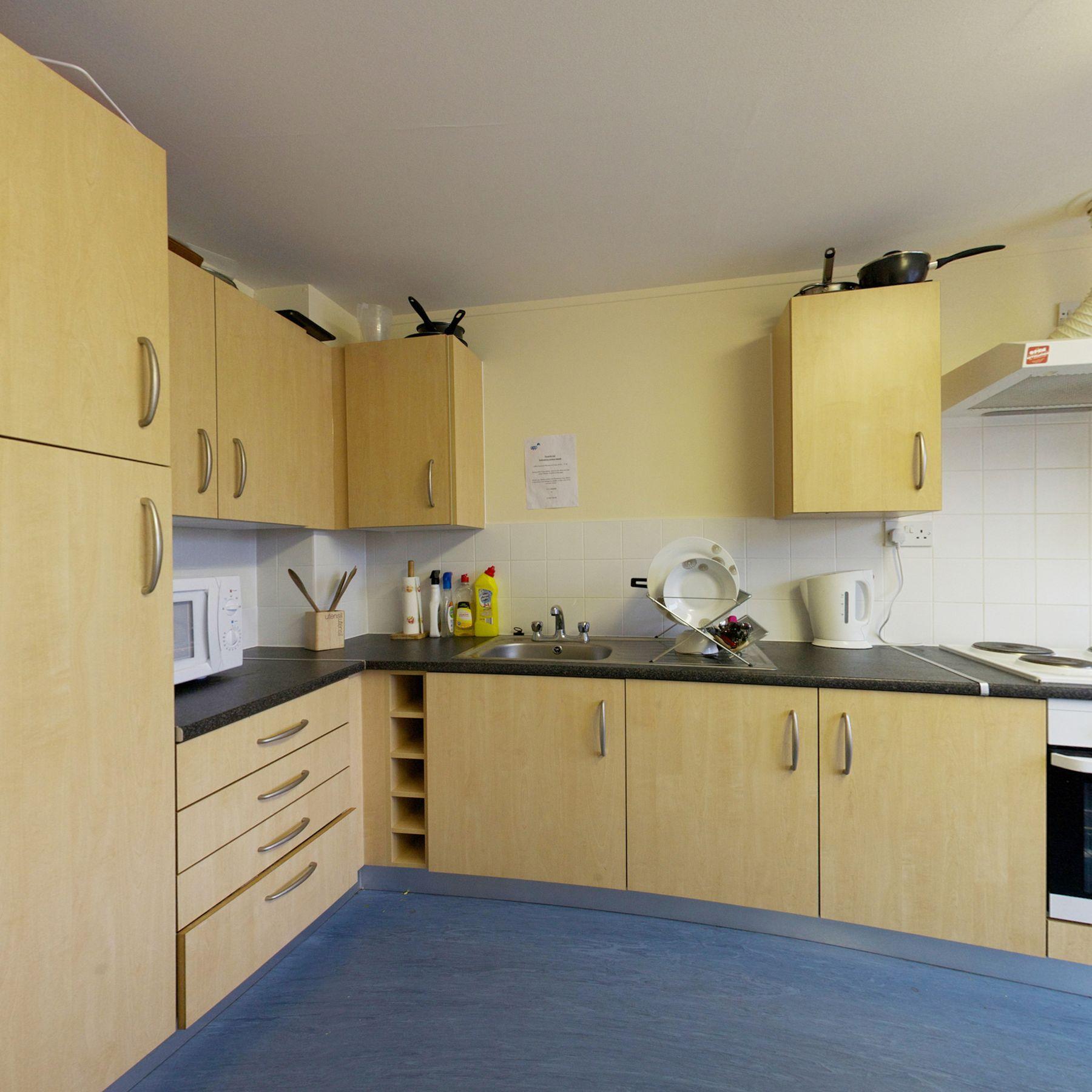 Peverell kitchen