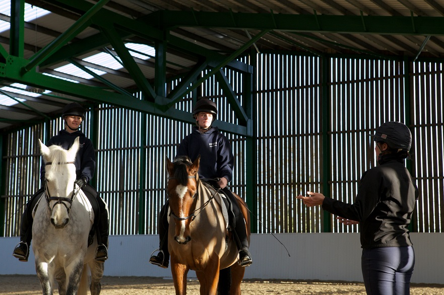 students-at-ntu-equestrian-centre