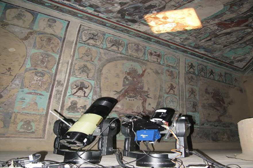 Remote spectral imaging at the UNESCO World Heritage Site at Dunhuang