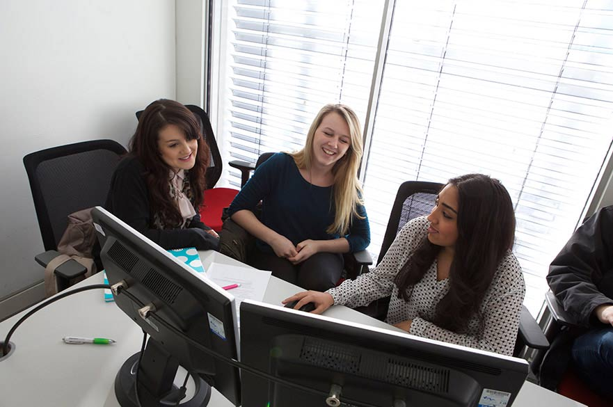 Females in Trading Room