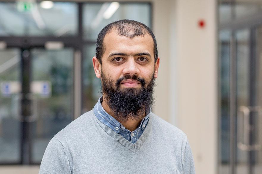 Dr Ali Jwaid