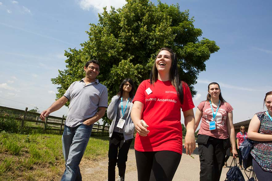 Student ambassador leading tour around Brackenhurst Campus during an NTU open day