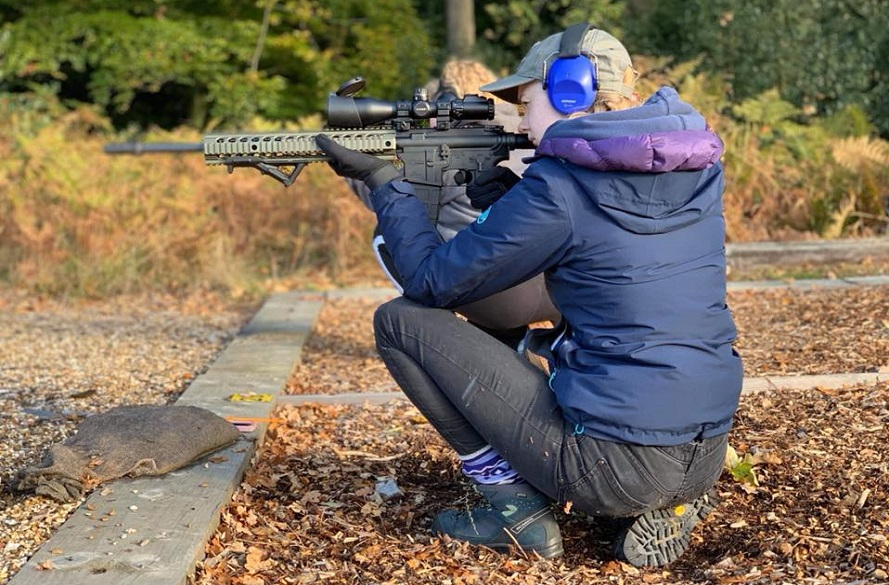 female clay pigeon shooting