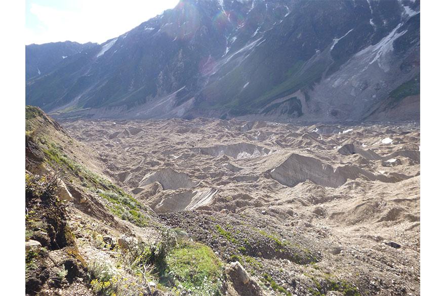 Anne Stefaniak - Gritty Glaciers