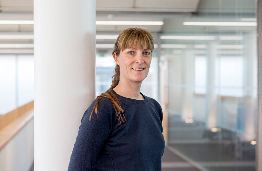 Dr Amanda Miles