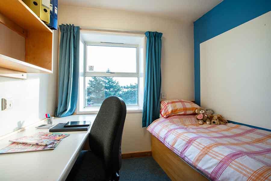 Blenheim Bedroom image