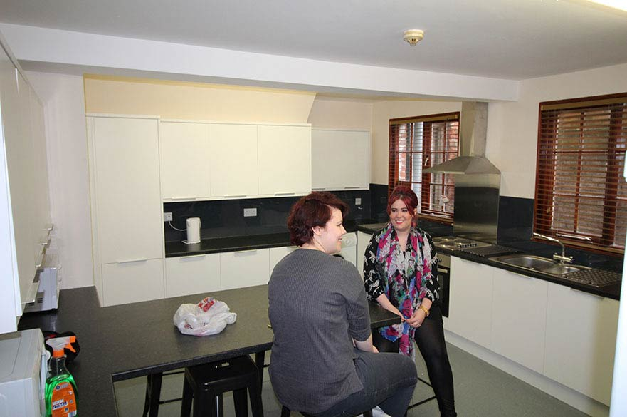 two students in the kitchen at 21 Waverley Street