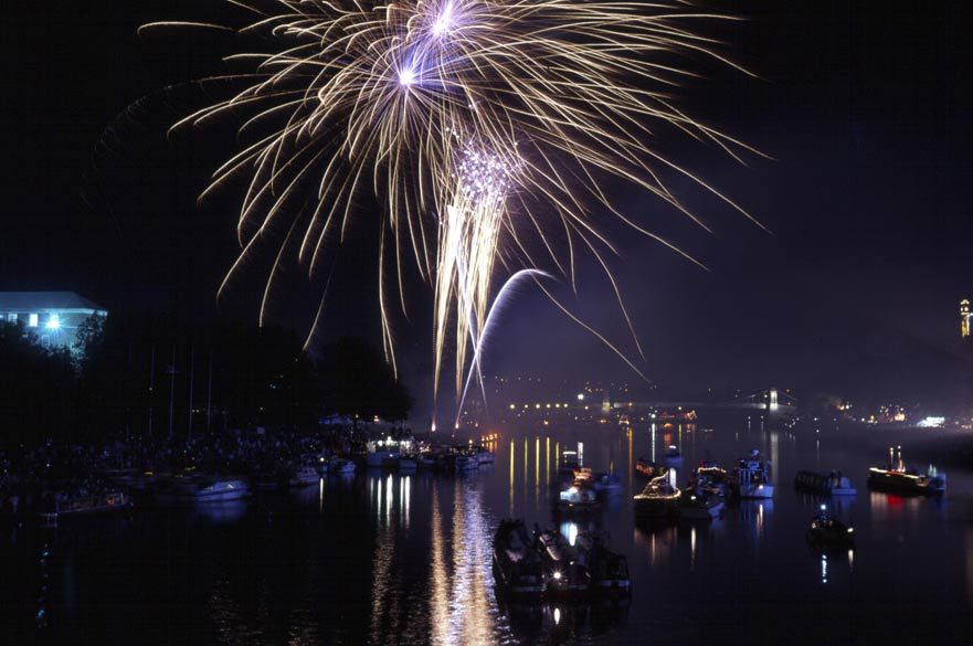Fireworks over the River Trent