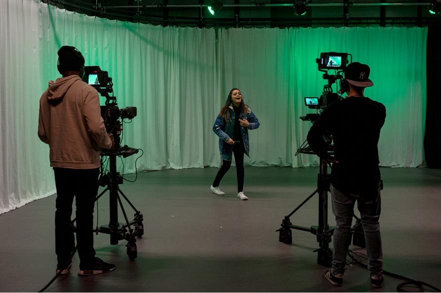 students filming at Space2