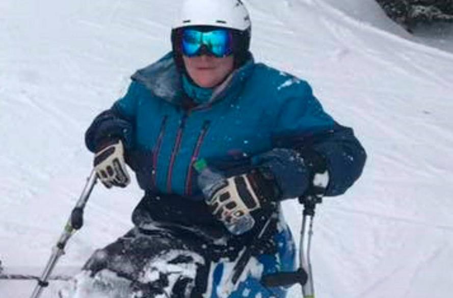 Claire in sit ski