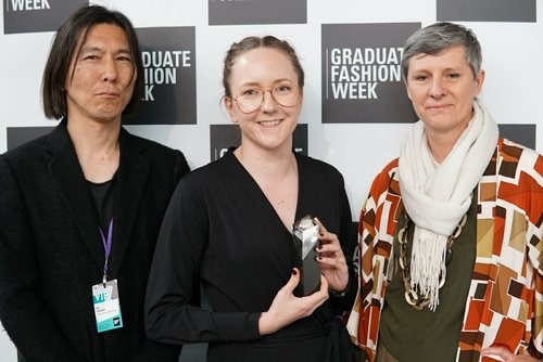 Essi Peuhkuri receiving her award at Graduate Fashion Week